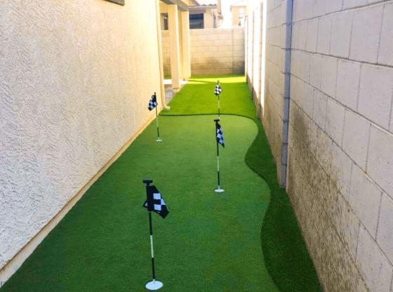putting green side yard