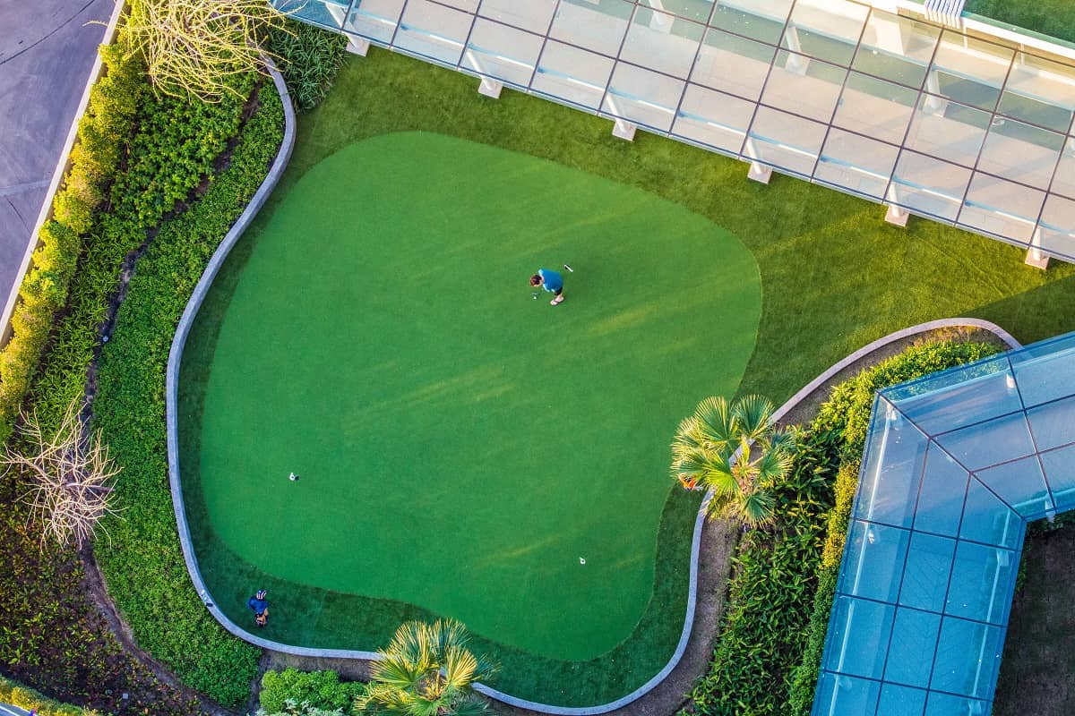 putting greens home