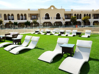 Hotels with artificial Grass