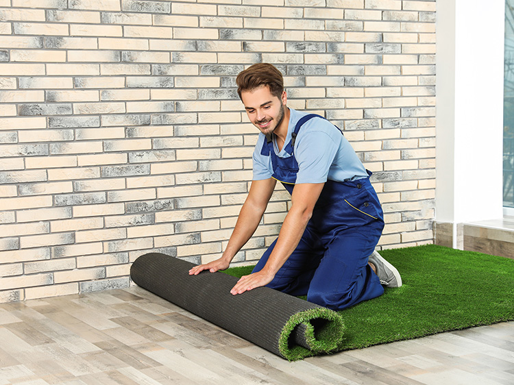 Synthetic Grass in San Antonio for Your Tiny Home