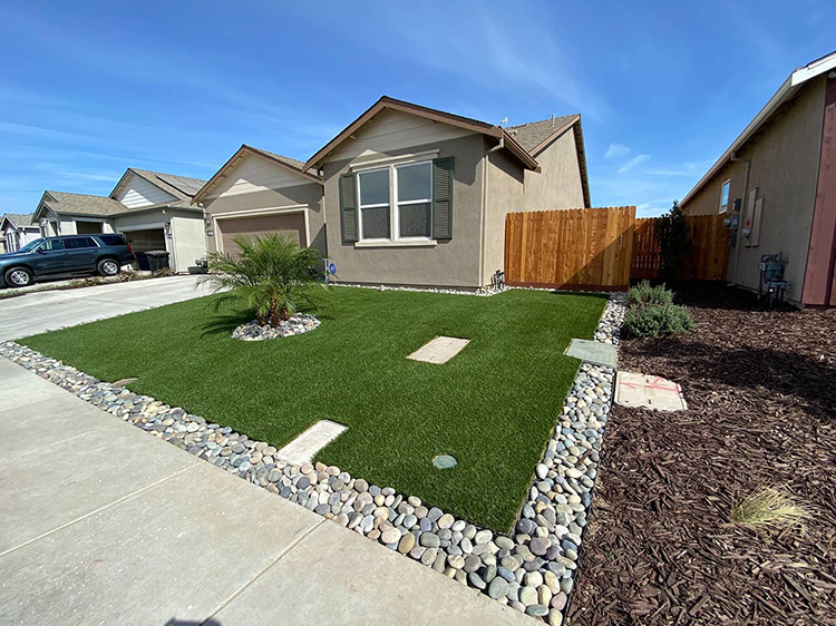 Curb Appeal Advantages of Artificial Grass Installation in Phoenix