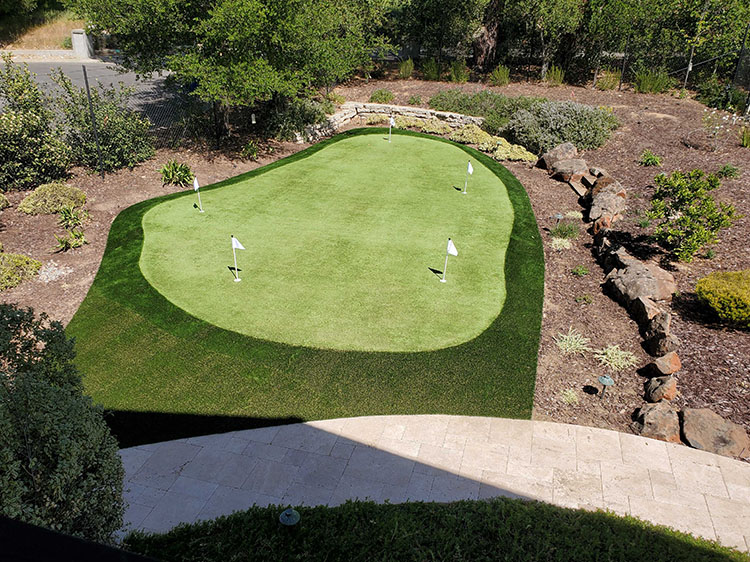 Invest in Putting Greens in Modesto